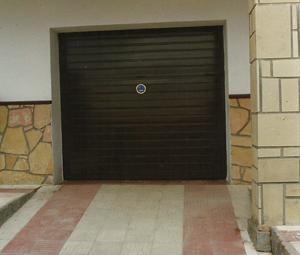 puerta-basculante-pq